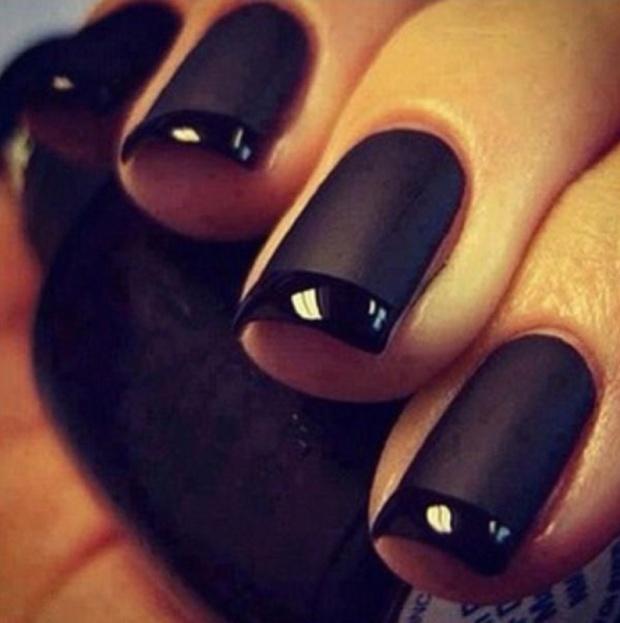 matte-black-nail-polish-gigiandnini-style